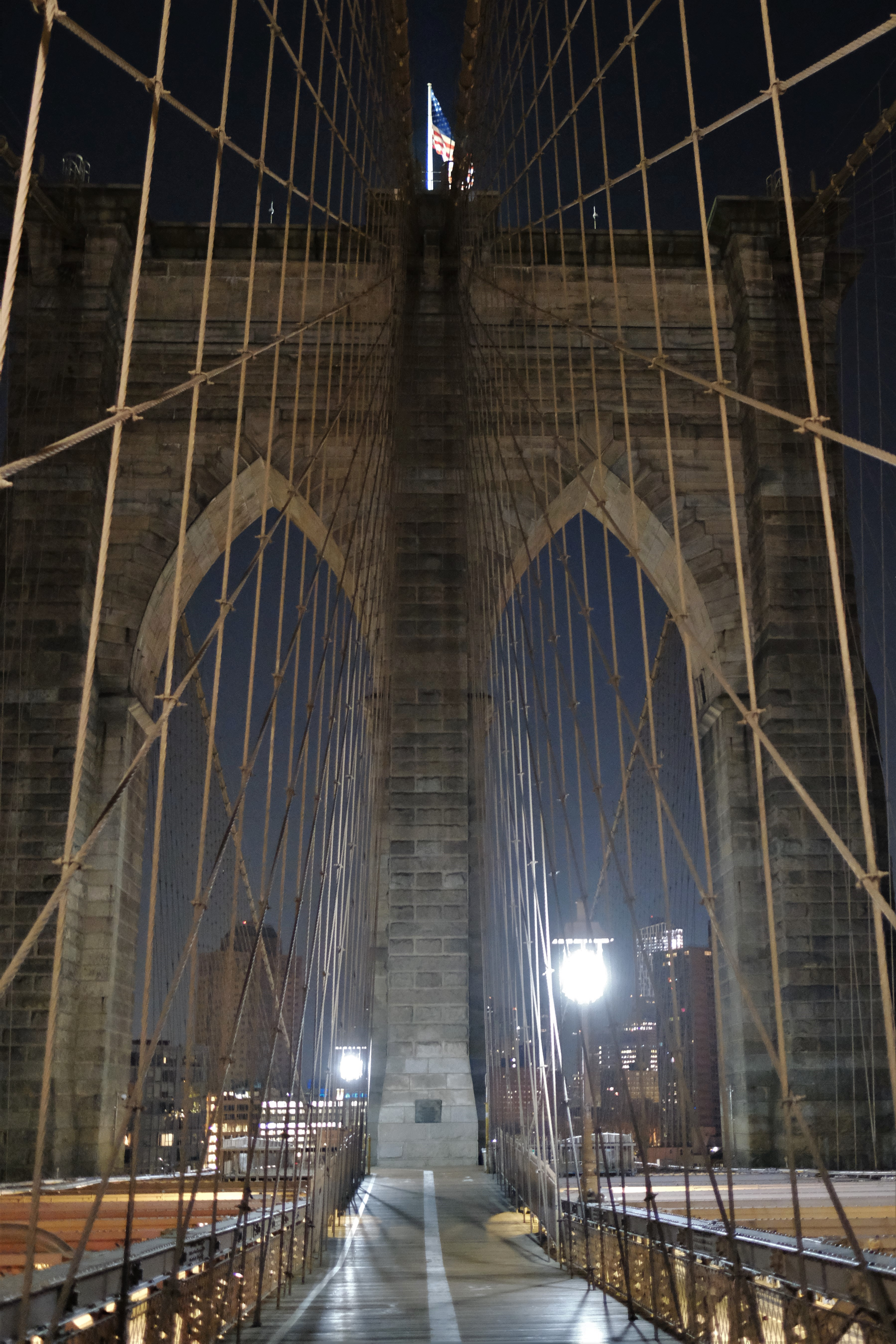 Brooklyn Bridge pre-dawn